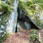 Höhlen bei den Steinklüften