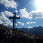 Schon hatten wir auch den Kampermauer Gipfel erreicht - was für ein traumhafter Ausblick!