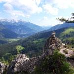 Gipfelareal - das Steinmännchen markiert den Gipfel