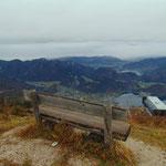 Bankerl mit schöner Aussicht bei der Bergstation