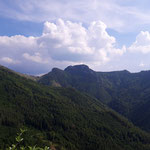 Ausblick auf die gegenüberliegenden Berge - hier wieder der Windhagkogel