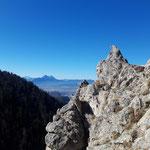 Der letzte Aufstieg zum Gipfel verläuft über sehr felsiges Terrain