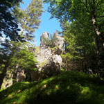 Felsformationen im Gipfelbereich