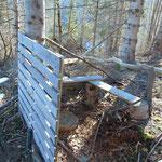 Vorbei an dieser Holzvorrichtung