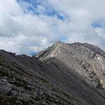 Blick auf den Kaminspitz und den dahin verlaufenden Grat