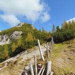 Wieder bei der Türkenkarscharte angekommen - Blick zurück auf unseren Gipfel