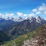 Gipfelbereich mit einzigartigem Blick ins Tote Gebirge