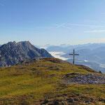 Blick auf den Gipfel mit der Kammspitze im Hintergrund