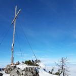 Was gibt es schöneres - Gipfelkreuz und dahinter das Nebelmeer