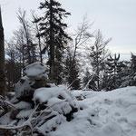 Am Farnaugupf Gipfel angekommen - dieser ist durch eine Steinpyramide gekennzeichnet
