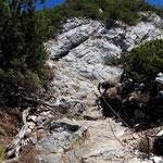 Felsiges Terrain im Gipfelbereich