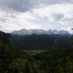 Blick während der Wanderung auf das Tote Gebirge