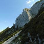 Die felsige Wand des Donnerkogels