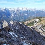 Blick über den bisher geschafften Weg ins tote Gebirge
