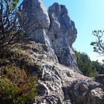 Tolle Felsformationen entlang des Weges