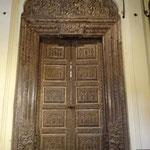 Alle Türen waren total verziehrt