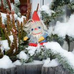 Jolka genießt den ersten Schnee
