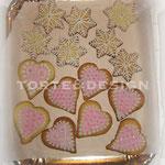 Biscotti di frolla decorati con fondant di zucchero e crema al burro