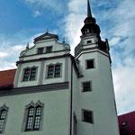 schräge Fenster im Glockenturm von Schloss Hartenfels
