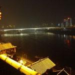 der Yangtze bei Nacht