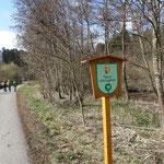Wenige hundert Meter nach der Bahnstation Gerling beginnt schon das Naturschutzgebiet Pesenbachtal