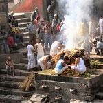 Hindoeïstsche lijkverbranding in Pashupatinath