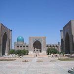 Het beroemde Registan-plein in Samarkand
