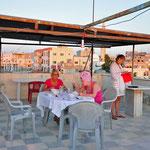 Ons hotel 'Um Quais' waar we de enige toeristen waren op dat moment.