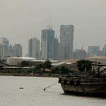 Skyline Bangkok vanop Chayo Praya