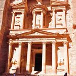 De schatkamer of 'al-khazneh': het meest gefotografeerde monument van Petra.