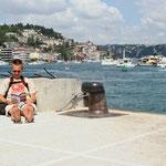 Wachten op de overzet of taxiboot richting aziatisch Istanbul