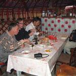 Eten in een wegrestaurantje