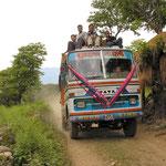 Op weg naar Arughat Bazar - startplaats trekking