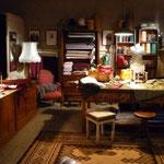 Setfoto: Der altertümliche Schneiderladen