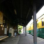 旧月潟駅 ホーム