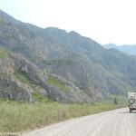 La piste dans la vallée de la Katun
