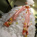 フリルドレス 花飾り