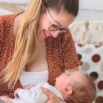 Neugeborenenfoto, Babyfoto, schlicht, hell, natürlich, Babyfotografhamburg, Babyfotografrosengarten, Neugeborenenshooting, Babyshooting, Newborn, mamaundkind, mutterundkind, boho