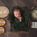 Neugeborenenfoto, Babyfoto, dunkel, warm, natürlich, Babyfotografhamburg, Babyfotografrosengarten, Neugeborenenshooting, Babyshooting,