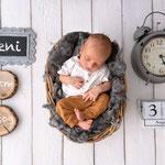 Neugeborenenfoto, Babyfoto, schlicht, hell, natürlich, Babyfotografhamburg, Babyfotografrosengarten, Neugeborenenshooting, Babyshooting, Geburtsdaten