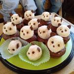 Vielen lieben Dank an Oma Helga für die leckeren Pandabären