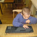 малыши в атаке, Паша Хандешин, 6 лет