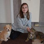 Campina mit einem Teil ihrer Familie