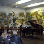 allievi di pianoforte e seguono brano a 4 mani