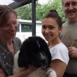 Auray mit ihrer neuen Familie