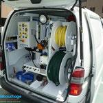 Vehicule debouchage haute pression des techniciens