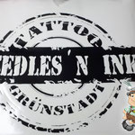Kontur geplottete Logoaufkleber Needles N Ink Tattoo Studio