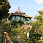 Im Garten des Hesse Hauses