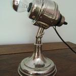 N°67 ventilateur ancien transformé en lampe (ampoule calotte argentée) (vendue)