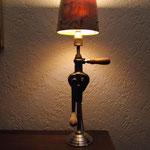 N°38 Chignole abat jour mélèze tourné (vendue)